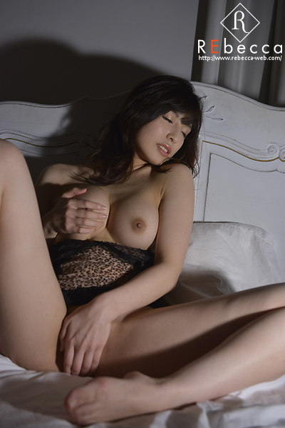 初裸 virgin nude 中村推菜009