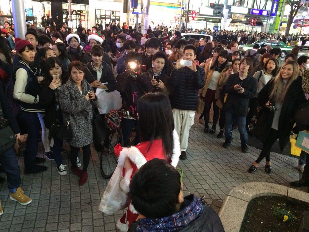 上原亜衣渋谷降臨024