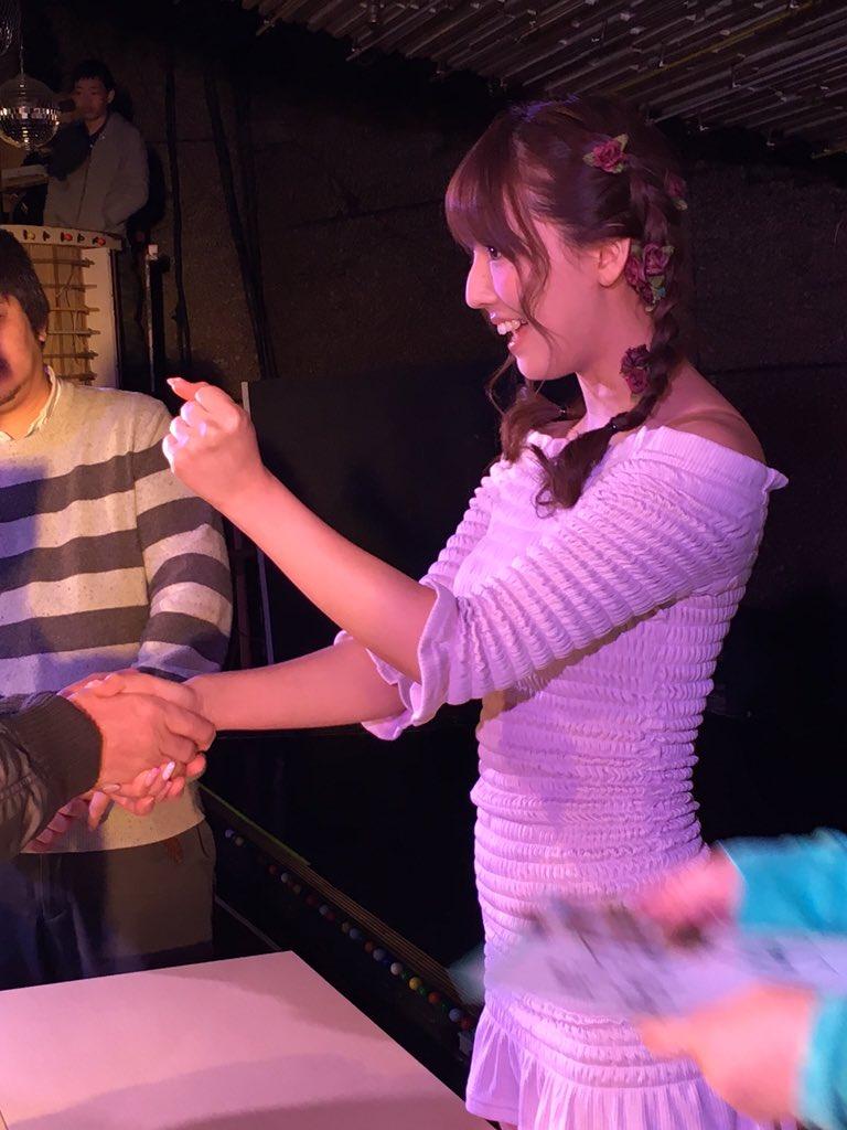 三上悠亜初イベントレポ010
