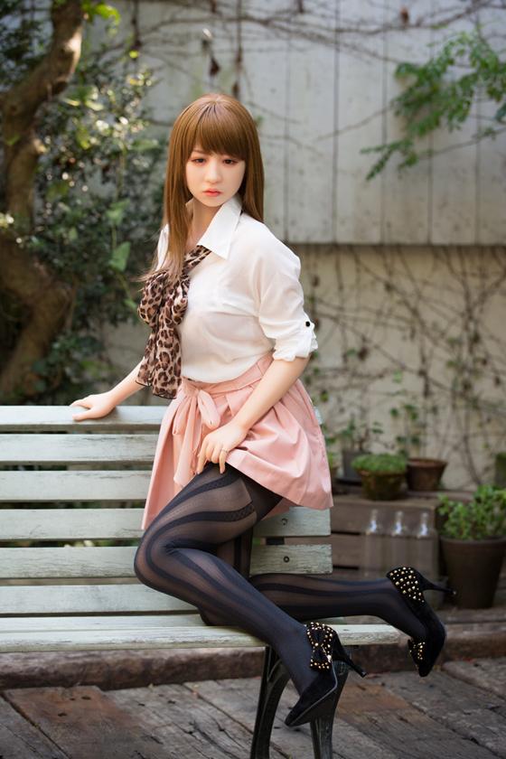 konishi_16_l.jpg