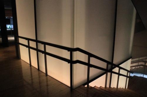 0018:龍谷ミュージアム エレベーター壁面
