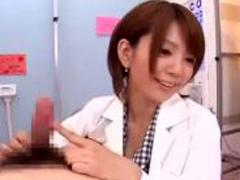希美まゆ先生が保健室でフェラ手コキ