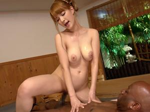 【ティア】爆乳ハーフの極上ソープ嬢が黒人客をご奉仕してデカチンをハメてイキまくる!