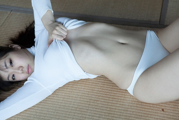 鈴木ふみ奈13