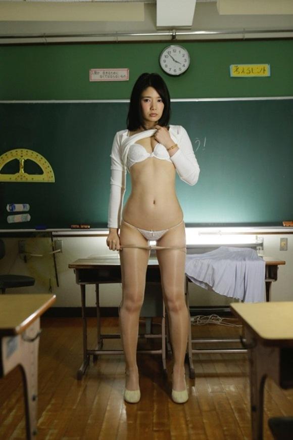 古崎瞳13