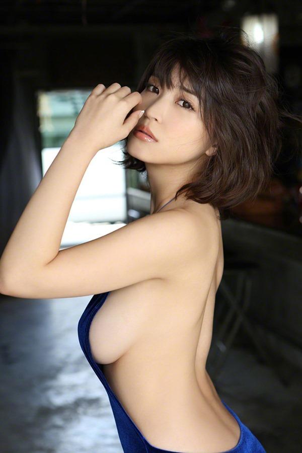 岸明日香15