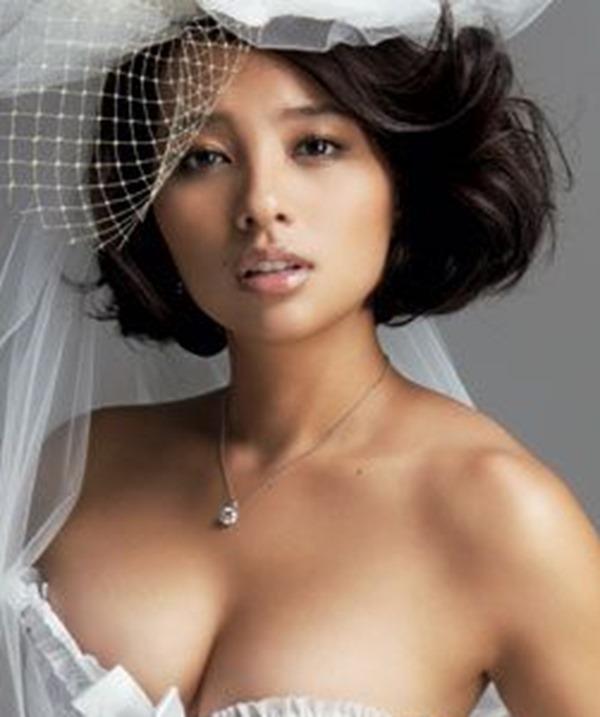 水崎綾女26