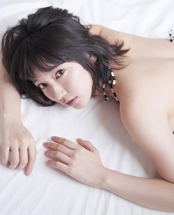 吉岡里帆26