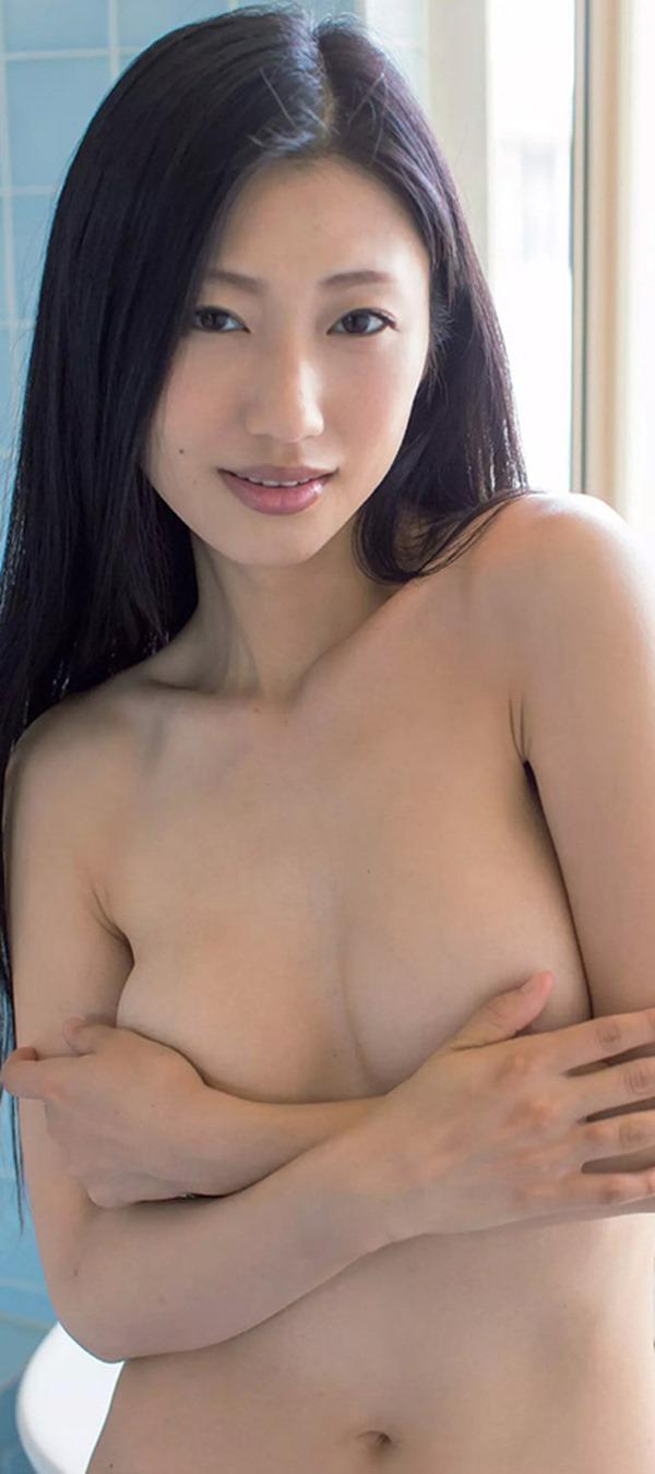 (壇蜜)「壇」は仏壇「蜜」は供え物(・ω・ノ)美人妻85㎝美巨乳89㎝巨大お尻フルぬーど