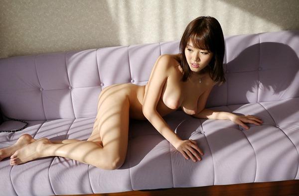 浜崎真緒54