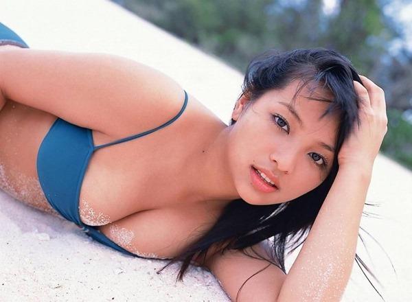 水崎綾女58
