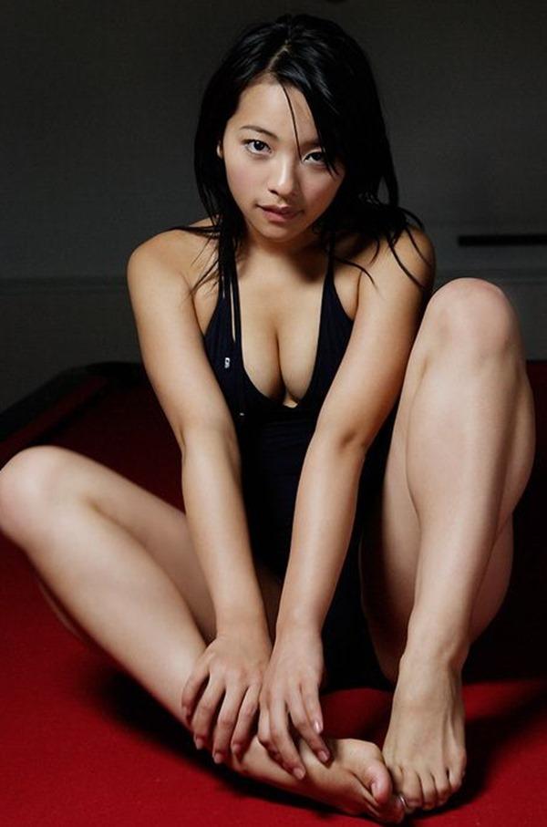 水崎綾女68