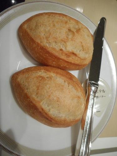 008パン