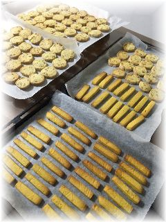 151029 Sさんナッツクッキーとかぼちゃスティック