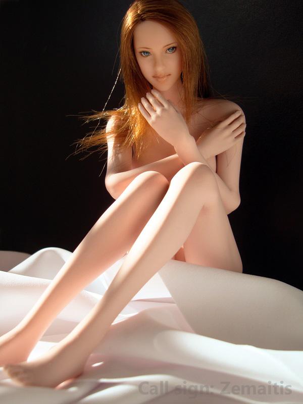 ElenaE2208.jpg