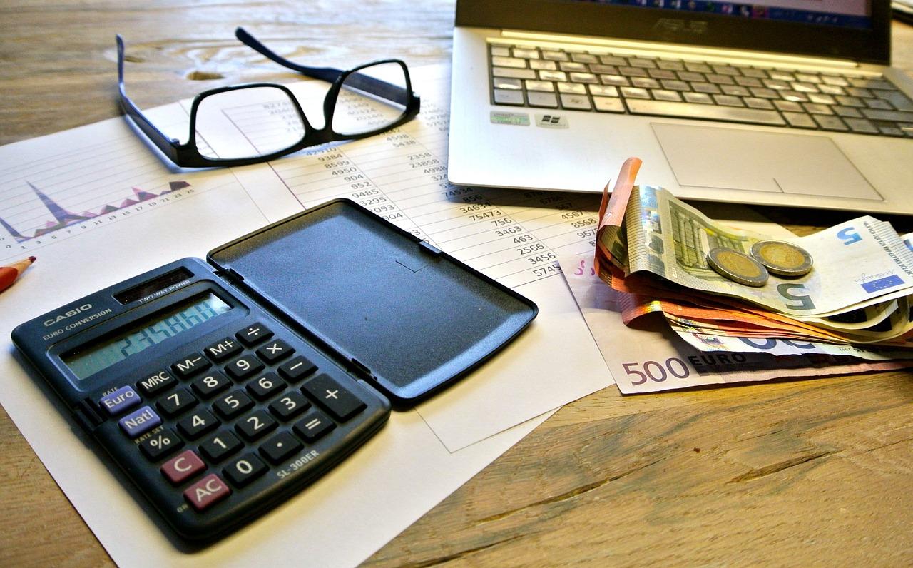 taxes-740202_1280.jpg