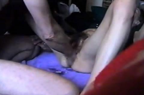 アダルト動画:(無)個人撮影。 変態フ***夫婦、肛門掻き回され絶叫!!