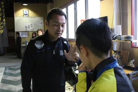 ☆☆ 島田先生 子供を指導