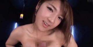 神崎詩織乳首コキパイズリパイ射画像