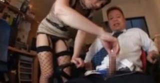 網タイツ痴女社長M男亀頭責め手コキ強制射精