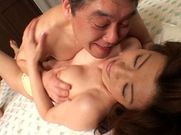 【小林みゆき(こばやしみゆき) 無修正動画】adaruto 息子を男性として愛してしまった熟女母