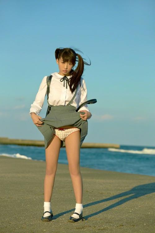 椎名ひかり Cカップ グラビア モデル 18