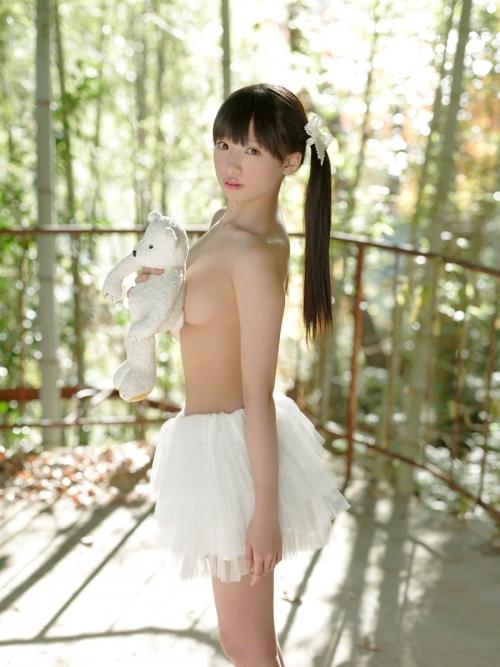 椎名ひかり Cカップ グラビア モデル 41