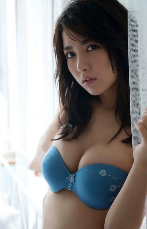 石川恋 Dカップ グラビア モデル 02