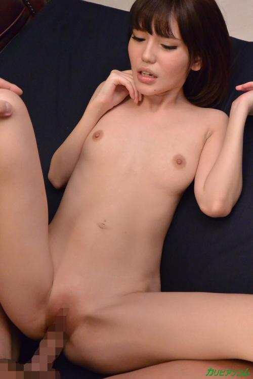 有賀ゆあ Cカップ AV女優  19