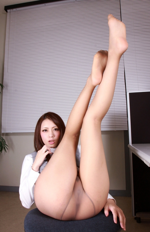 桜井あゆ Bカップ AV女優 パンスト 23