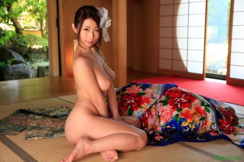 篠田あゆみ Iカップ AV女優 06