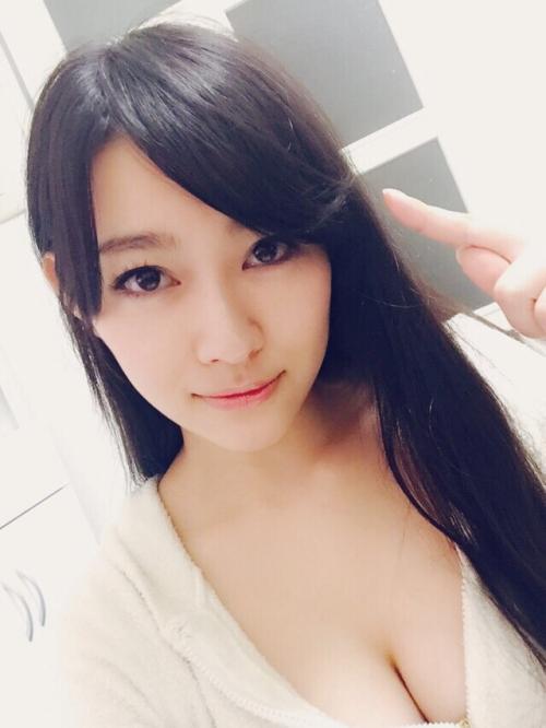 西野翔 Cカップ AV女優 01