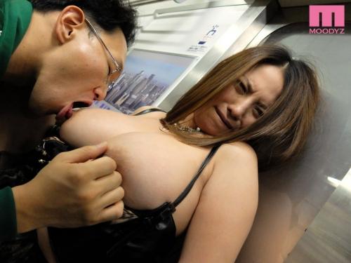 クリムゾン AV女優 22