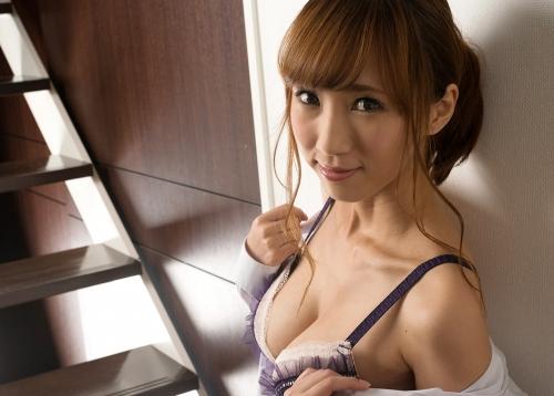 菜々葉 Eカップ AV女優 16