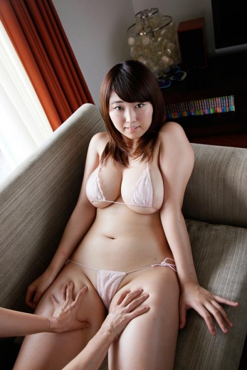 水着 巨乳 マイクロビキニ さんかくビキニ 37
