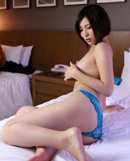夏希みなみ Fカップ AV女優 14