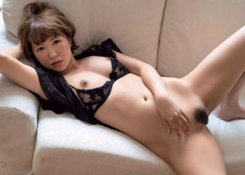 逢坂はるな Dカップ AV女優 11