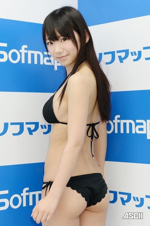 長澤 茉里奈 Fカップ グラビア 35