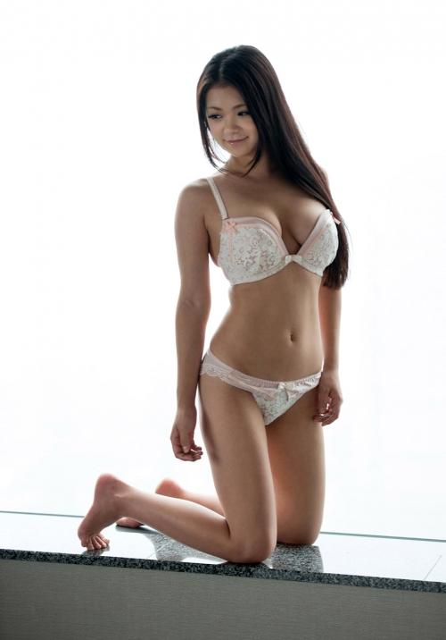鶴田かな 05