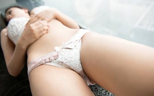 鶴田かな 10