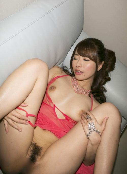 初美沙希 49