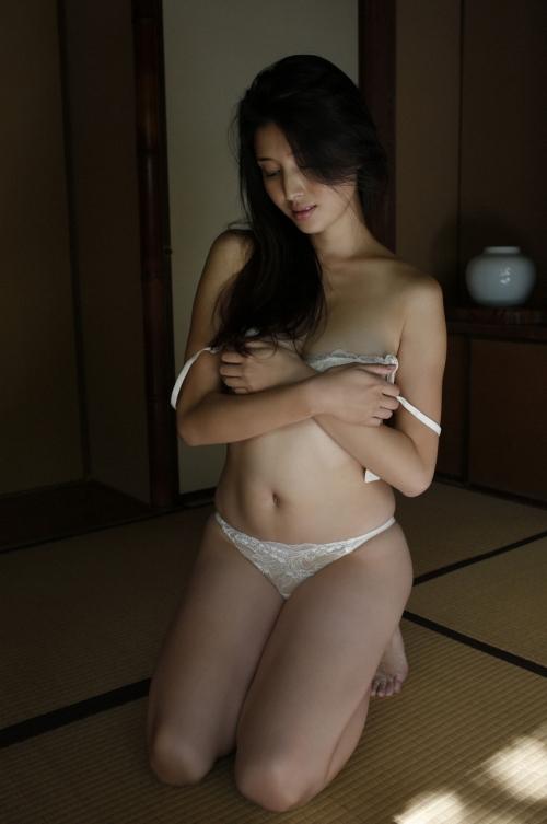 橋本マナミ 16