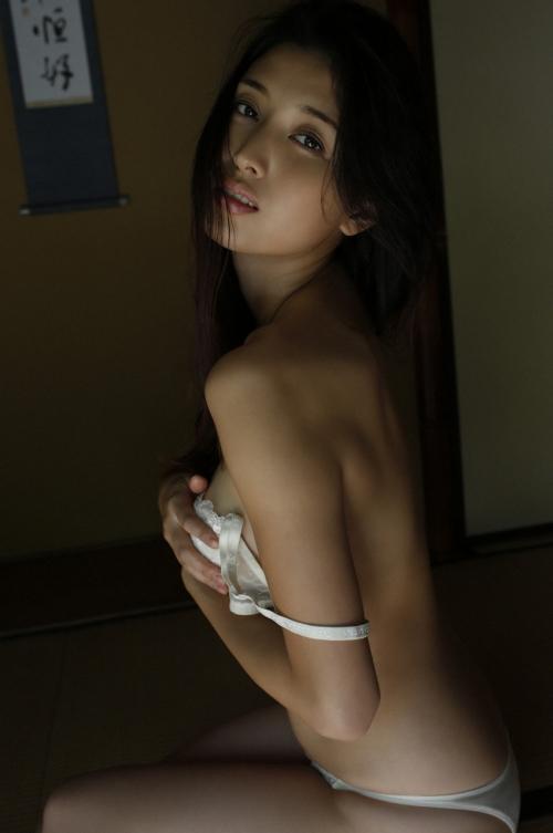 橋本マナミ 18