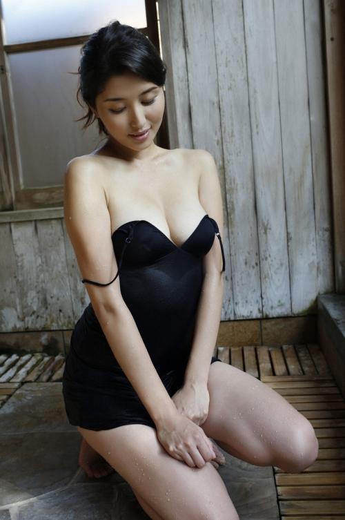 橋本マナミ 24