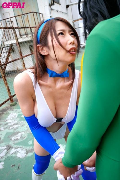 篠田あゆみ 17