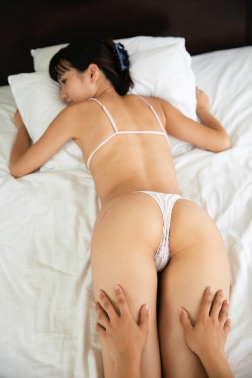 グラビアアイドル 美尻 31