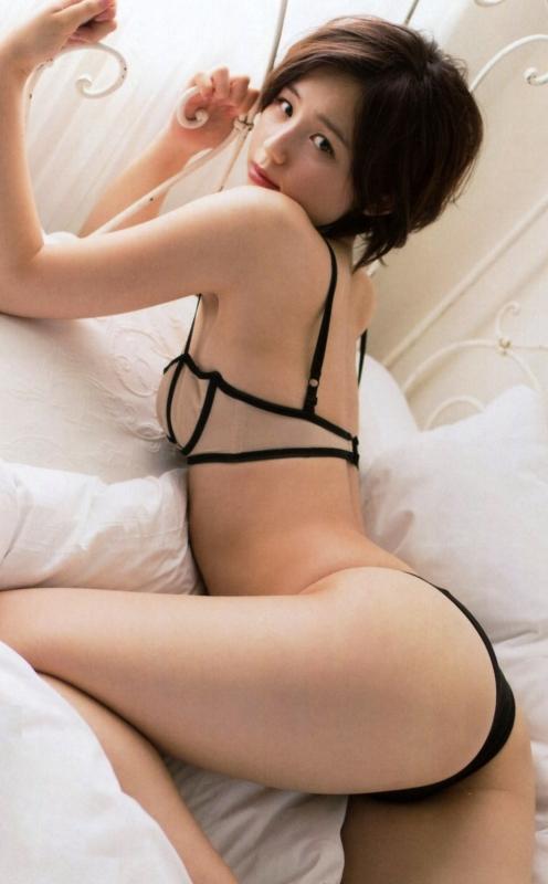 グラビアアイドル 美尻 33