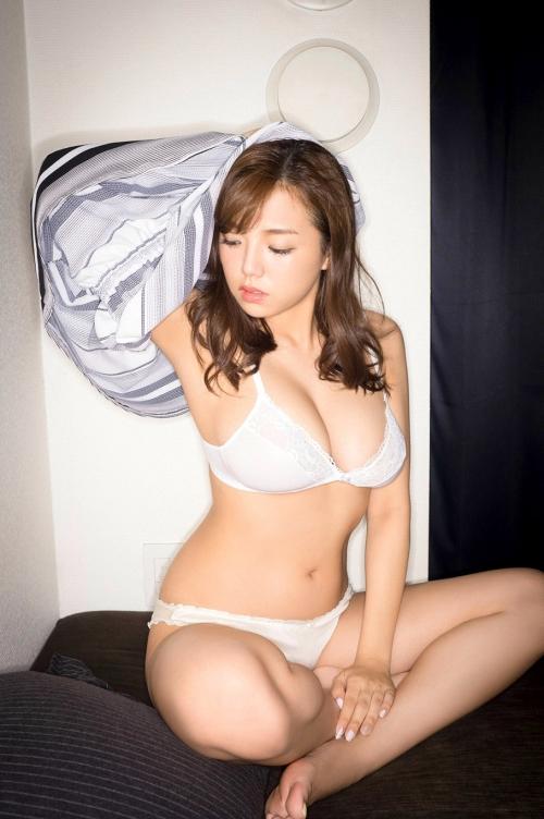篠崎愛 13
