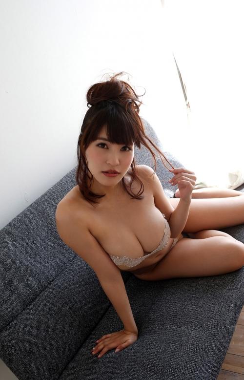 岸明日香 16
