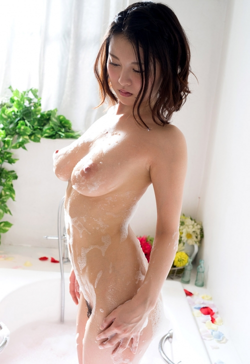 お風呂 おっぱい 09